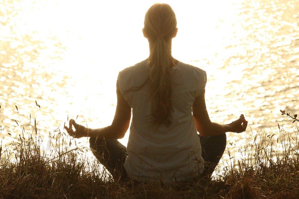 Medite, meditação, paz, silhuetas