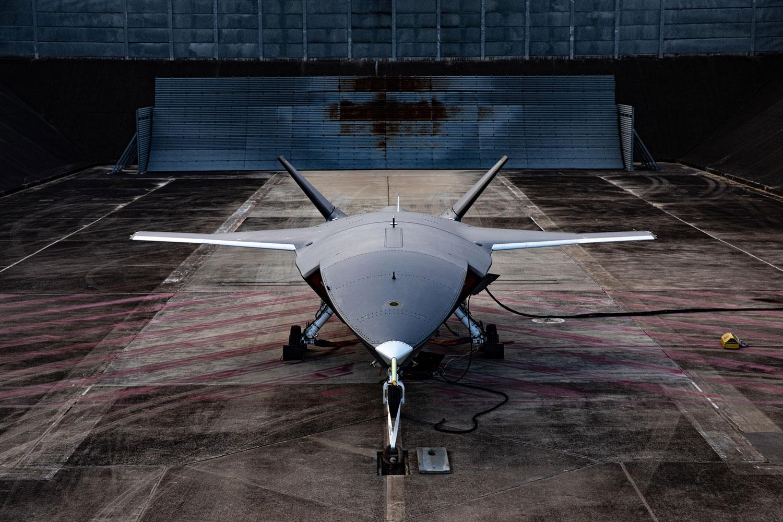 A Boeing Australia liga o motor de sua primeira aeronave Loyal Wingman não tripulada.