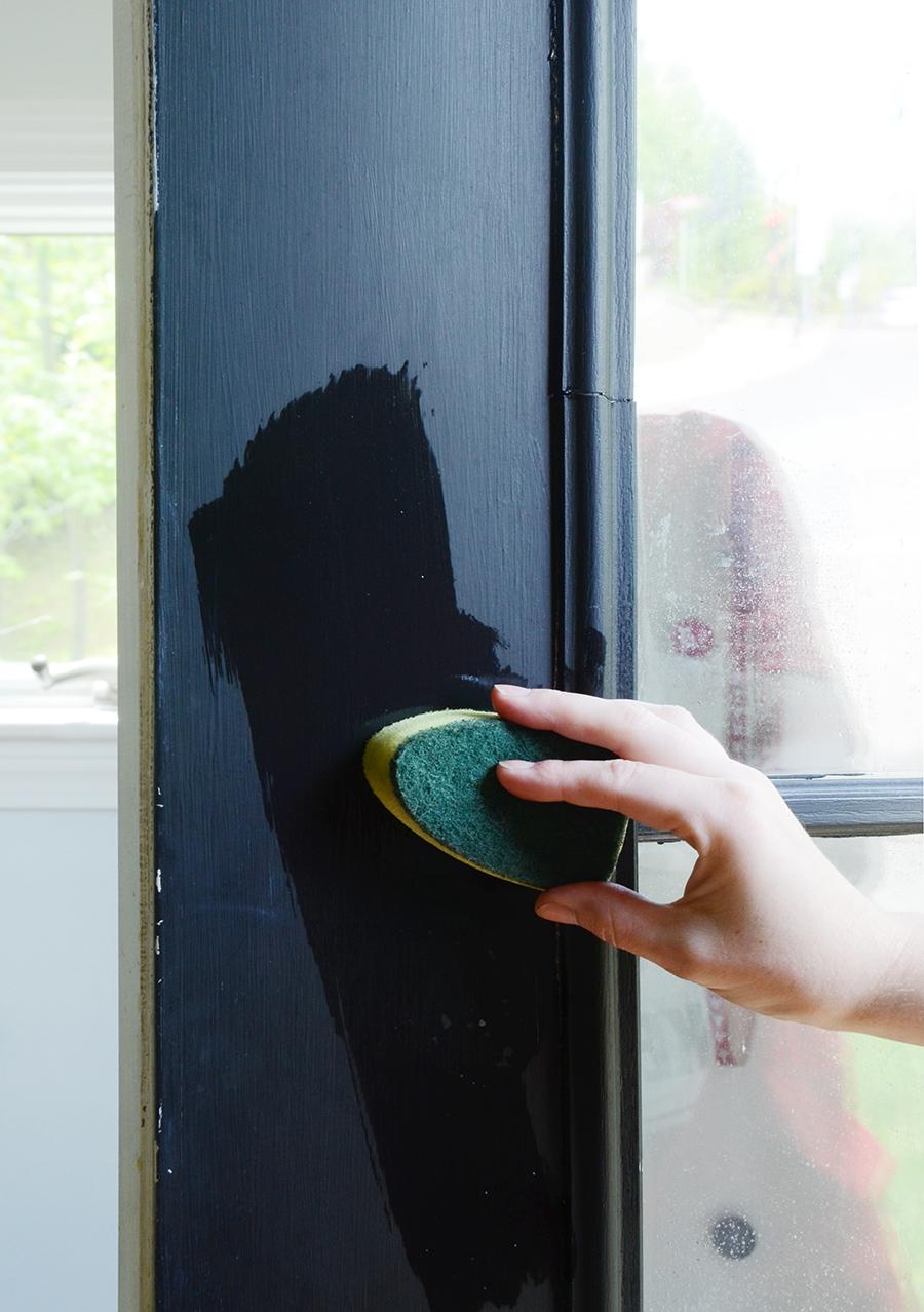 Como pintar um processo de limpeza de porta externa