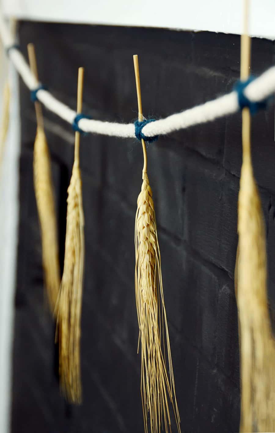 Grinalda de trigo seco de outono DIY