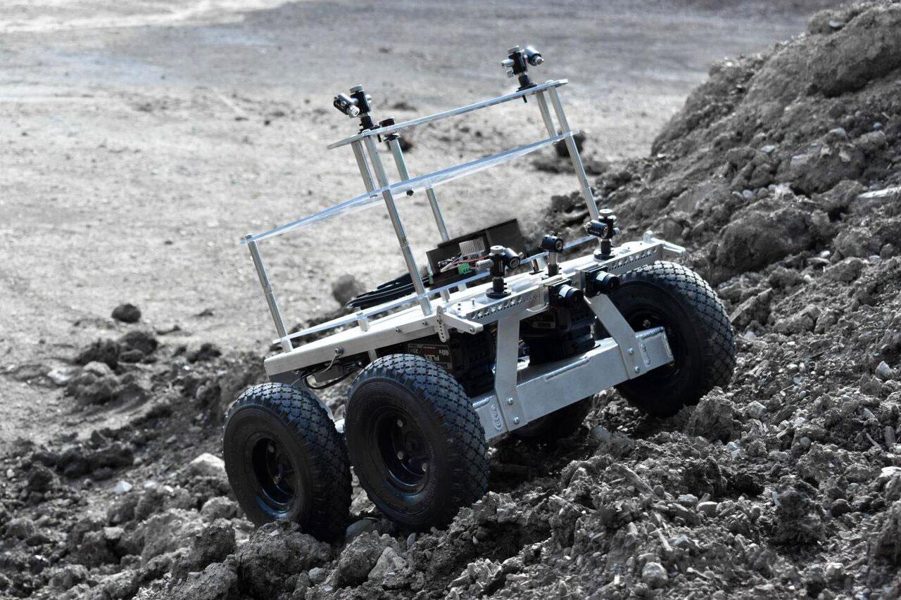 O MoonRanger do CMU será o primeiro a procurar gelo de água na lua em 2022.