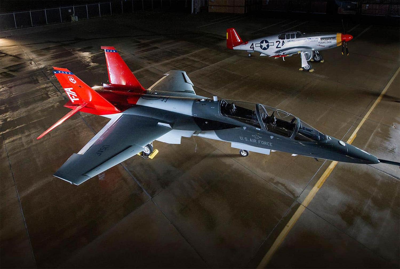 O treinador T-7A Red Hawk da Boeing será a primeira aeronave a receber a nova designação da eSeries.