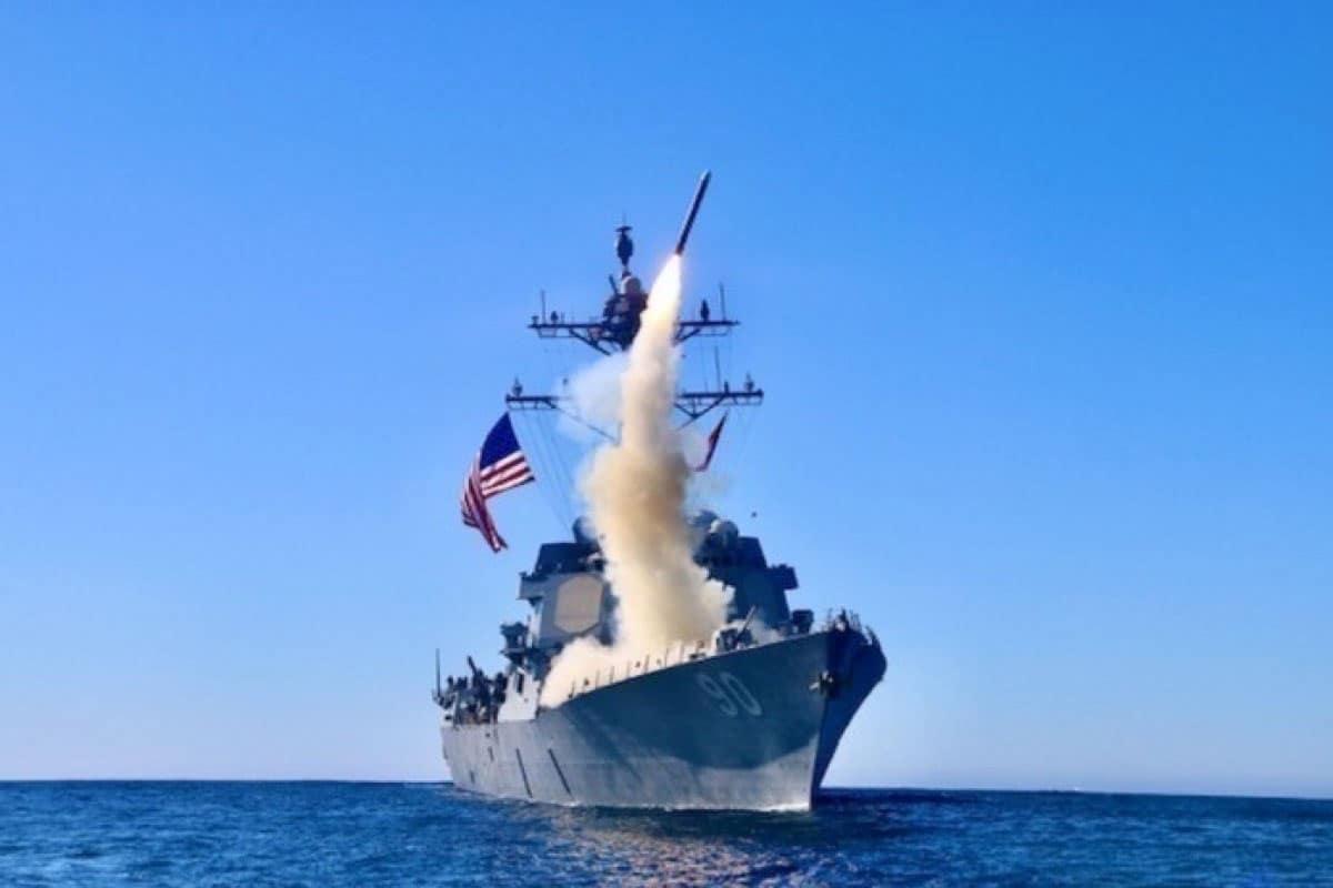 A Marinha dos EUA recebe a próxima geração de mísseis de cruzeiro Tomahawk Block V