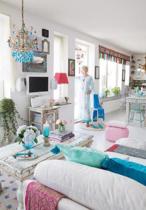 18 quartos boêmios brancos e coloridos