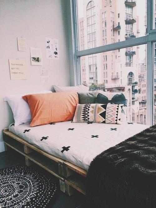 24 boho dormitório gráfico preto branco